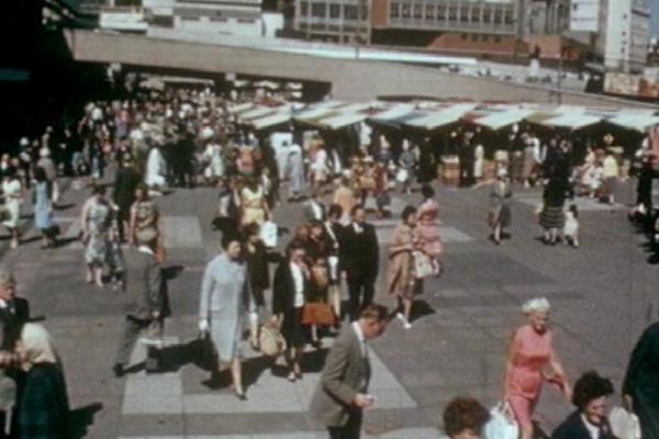 Image of people walking around Birmingham City.